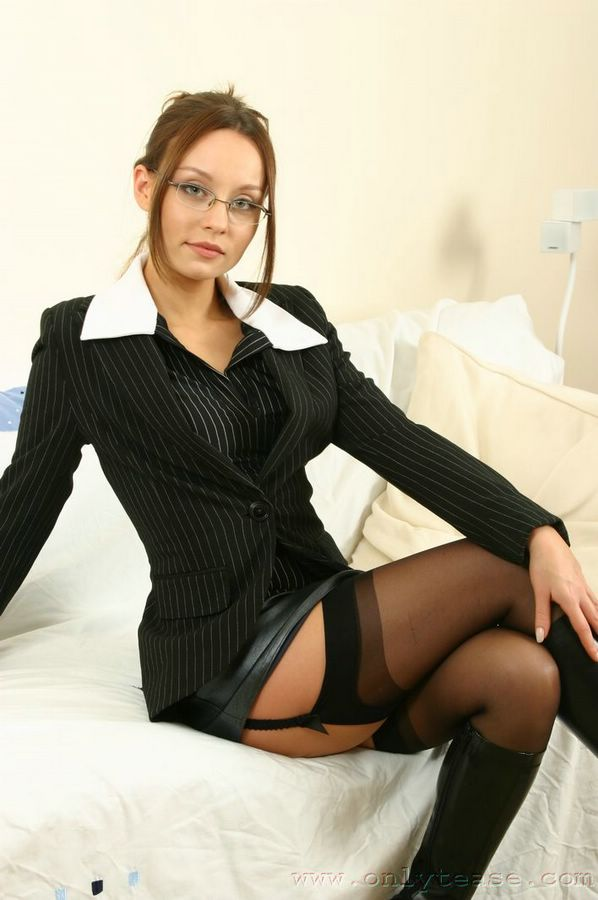 Only Carla Boots Movie 118